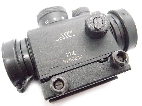 Pk 06 Red Dot Weaver